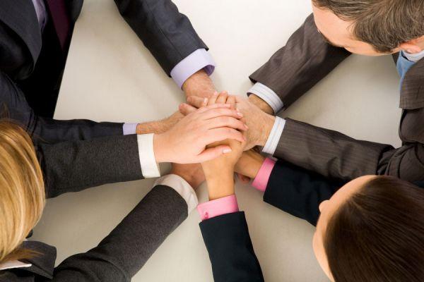 Cómo ser respetado por tus compañeros. Tips para ganarse el respeto en el trabajo. Cómo ser respetado en la oficina. Ganar el respecto siendo lider