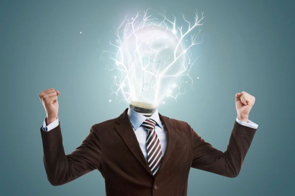 7 consejos para recuperar las energias en el trabajo. Cómo tener más vitalidad y energía en la oficina.