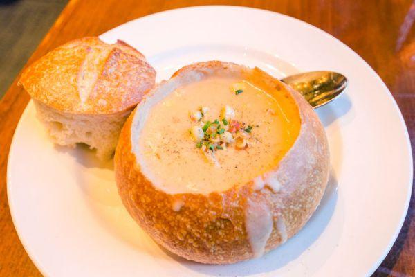 Preparación del ácido o pan agrio estilo san francisco. Cómo cocinar pan ácido. Ingredientes y preparación del pan agrio estilo san francisco