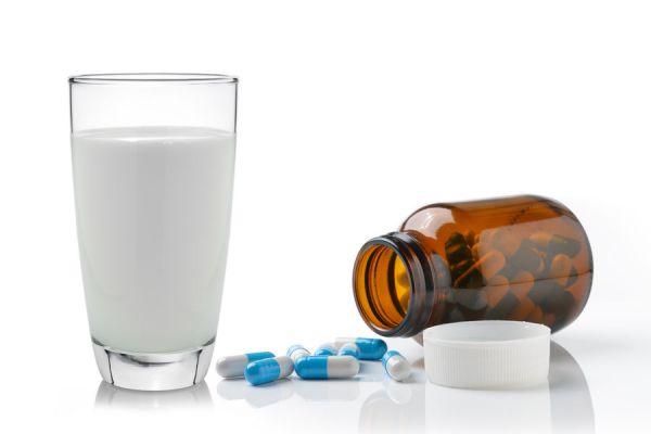 Bebidas para acompañar los medicamentos. Con qué bebidas se deben consumir los remedios. Guía para tomar farmacos o medicamentos