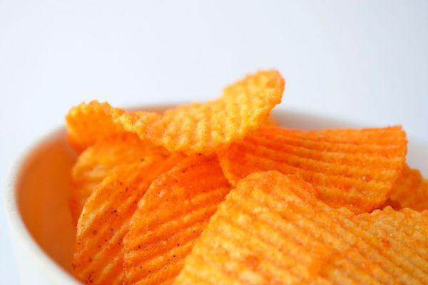 Método para cocinar patatas fritas en el horno microondas. Pasos para preparar papas fritas en el microondas