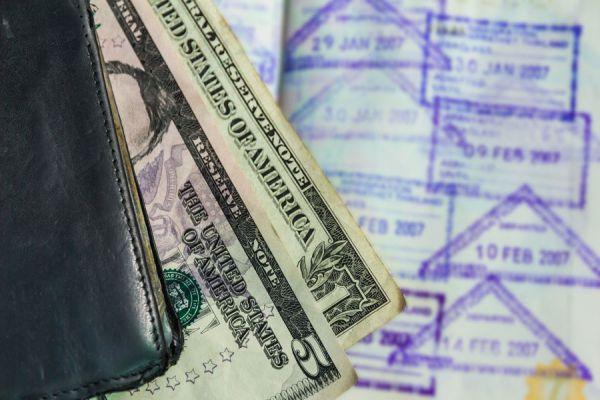 Ideas para conseguir dinero para viajar. Cómo obtener financiación para un viaje. Tips para conseguir dinero extra para viajar