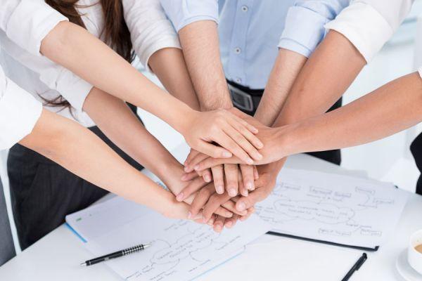 Técnicas de persuación para grupos de trabajo. Cómo persuadir al equipo de trabajo. Claves para persuadir a un grupo laboral