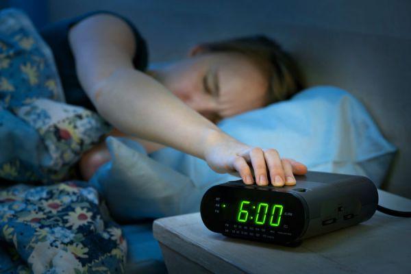 Plan de acción para mejorar las mañanas. Cómo mejorar la rutina en las mañanas. Rutina simple para despertarse.