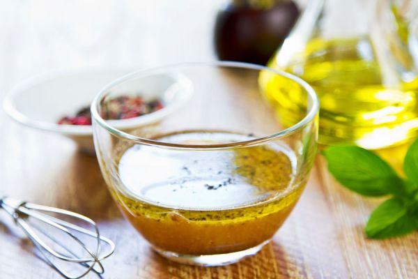 Recetas fáciles para preparar vinagretas. Preparación de vinagretas caseras. Cómo hacer una vinagreta simple a partir de la clásica