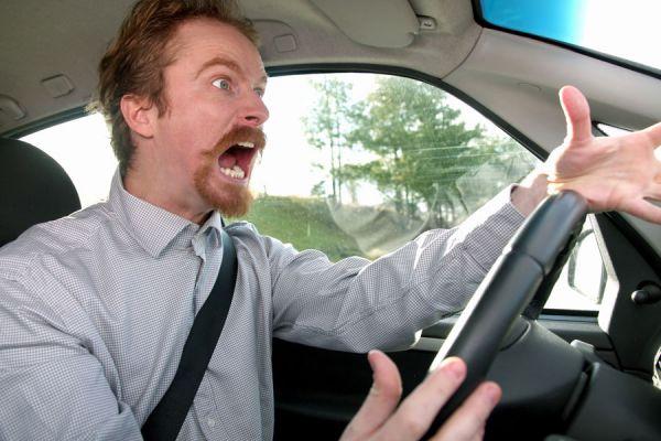 La importancia de controlar la ira. Por qué es importante evitar la ira? Beneficios de controlar la ira. Razones para controlar la ira