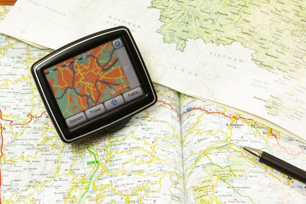 GPS y Mapa: Junto con la guías de viaje son herramientas que debe tener todo viajero