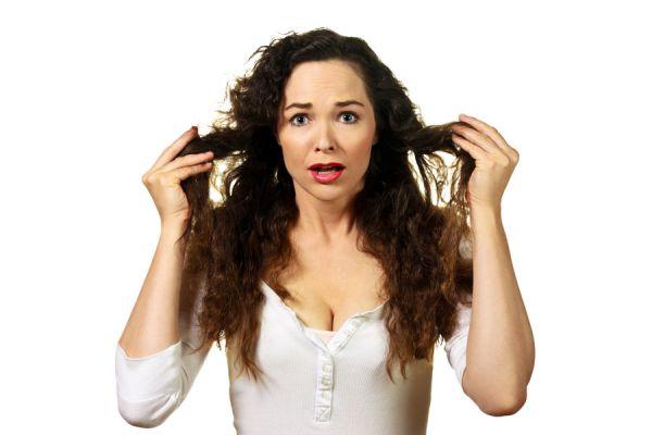 Receta de gel para el pelo casero. Cómo preparar gel casero para controlar el fizz. Gel casero para el pelo hecho con ingredientes naturales