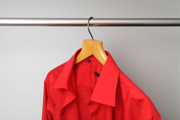 Trucos para secar la ropa más rápido. Cómo evitar que la ropa se arrugue al secarla. Consejos para secar la ropa rápido dentro de casa