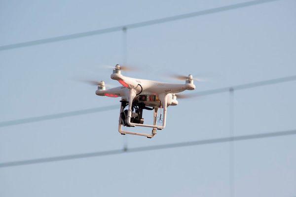 Guía para el buen uso de un drone. Cómo usar un drone para grabar videos o tomar fotografias. Reglas para usar drones en lugares públicos