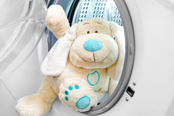 Pasos para limpiar un lavarropas. Guía para la limpieza de la lavadora. Cómo limpiar la lavadora por dentro y fuera. Mantenimiento del lavarropas