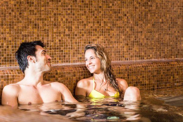 Consejos para aprovechar unas vacaciones en las termas. Cómo disfrutar los beneficios de las aguas termales. Cómo aprovechar las aguas termales