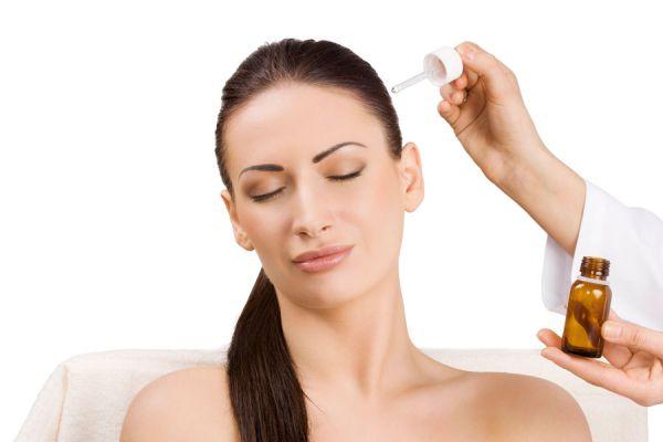 Soluciones caseras para el pelo opaco. Tratamientos para mejorar el pelo opaco en casa. Recetas naturales para mejorar el cabello opaco