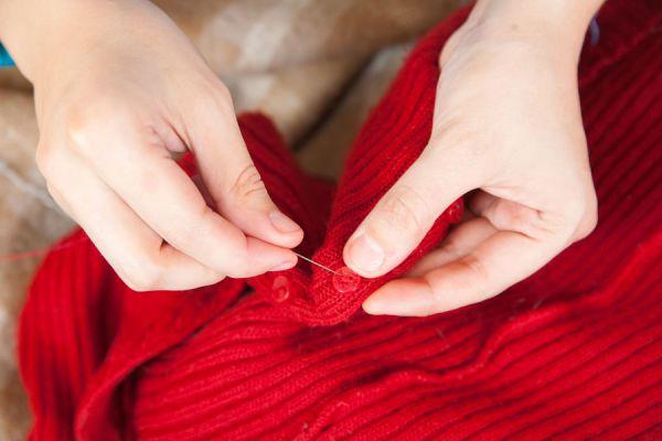 Métodos para renovar un sueter viejo. Consejos para mejorar viejos jersey.