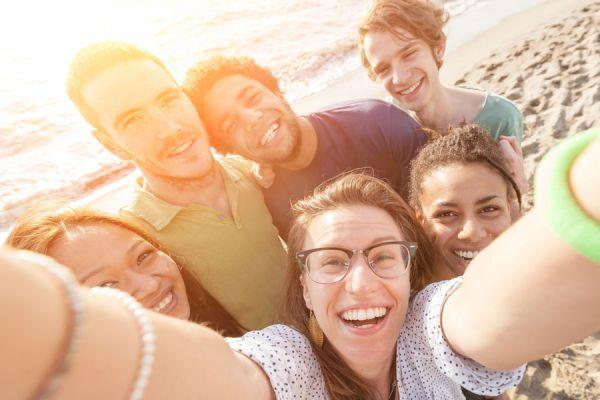 Tips para tomar autoretratos. Consejos a la hora de tomar una selfie. Cómo tomarnos una buena selfie. Cómo sacar una selfie
