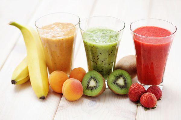 Cómo preparar jugos contra el colesterol. Dieta de bebidas para bajar el colesterol en sangre. Combate el colesterol con jugos y batidos