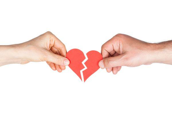 Mitos y falsas creencias sobre el amor. El amor es ciego? existe el amor de tu vida?: derrocando mitos sobre el amor
