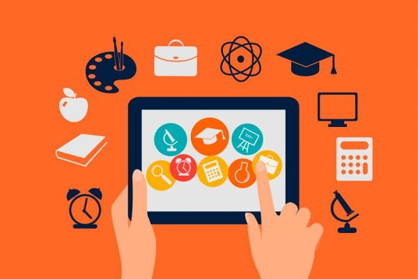 Cómo ganar dinero haciendo un curso online. Cómo crear un curso e-learning. Tips para crear cursos e-learning y ganar dinero