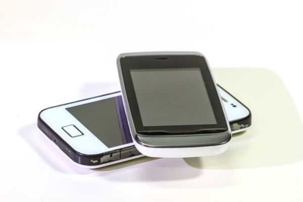 Consejos antes de comprar un movil usado por internet. Tips para adquirir telefonos usados por internet. Tips antes de comprar un movil de segunda