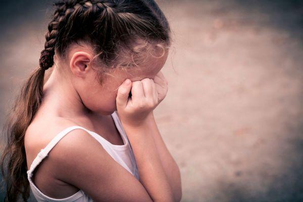 Síntomas de la depresión infantil. Cómo saber si un niño sufre depresión. Tratamientos para niños con depresión. Cómo combatir la depresión infantil