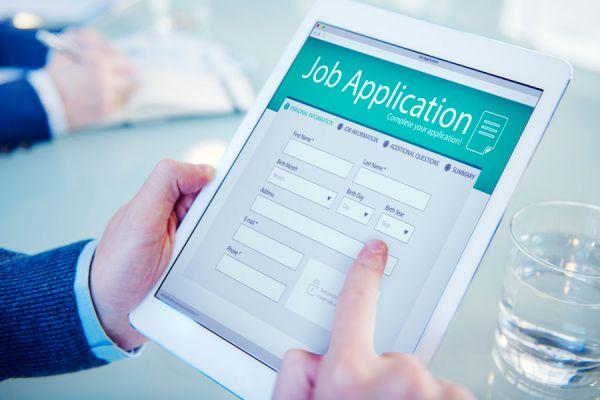 Las mejores aplicaciones para conseguir empleo. 5 aplicaciones móviles para buscar trabajo. Cómo encontrar trabajo con aplicaciones móviles