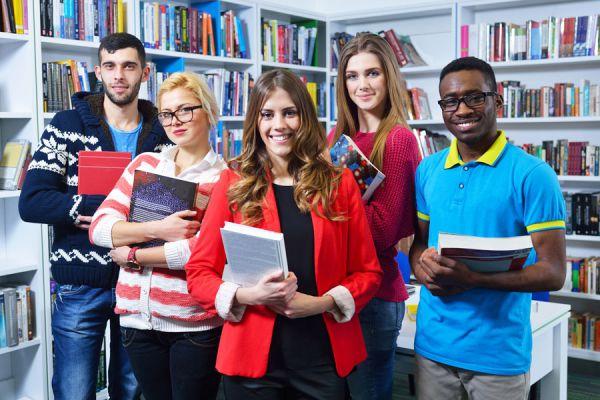 Consejos para sabe qué carrera estudiar. Tips para escoger una carrera profesional. Cómo elegir una carrera que te guste. Guía para escoger tu vocació