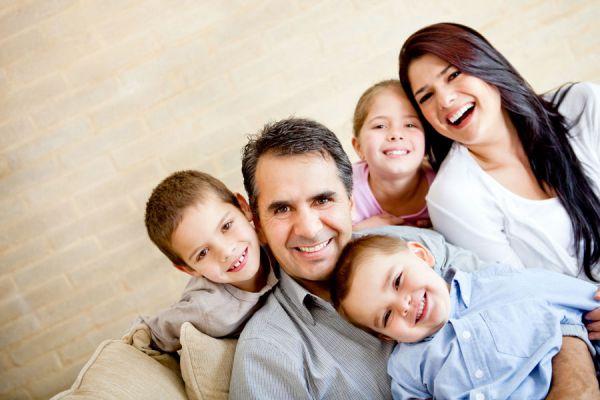 Actividades divertidas para hacer en familia. 10 ideas entretenidas para disfrutar en familia. actividades para hacer en familia el fin de semana
