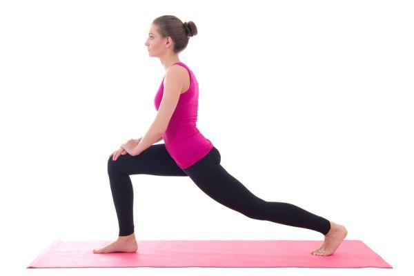 Ejercicios para estirar la espalda. Cómo hacer estiramientos para aliviar el dolor de espalda. 6 ejercicios simples para aliviar el dolor de espalda