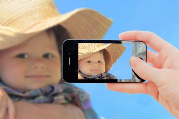 Cómo tomar fotos increíbles con el móvil. Trucos caseros para tomar fotos originales. Cómo tomar fotos creativas con el celular.