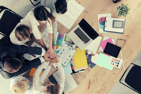 Aplicaciones para personas emprendedoras. Herramientas útiles para gente emprendedora. 4 apps ideales para emprendedores