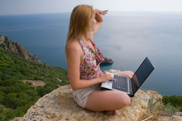 Consejos para organizar un viaje solo. Tips para disfrutar de un viaje solo o sola. Qué tener en cuenta al organizar un viaje en solitario