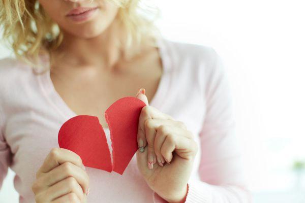 Cómo afrontar una ruptura. Claves para enfrentar una ruptura sentimental. Tips para superar una ruptura con tu pareja