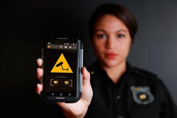 Aplicaciones útiles para hacer videovigilancia con tu móvil. Aplicaciones para usar el móvil como cámara de seguridad. Videovigilancia desde tu móvil
