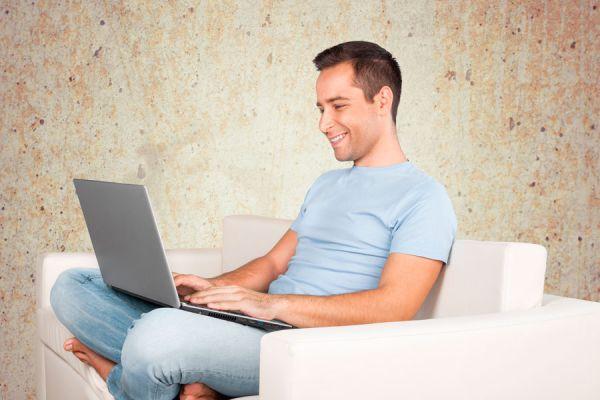 Consejos para ganar dinero en internet sin salir de casa. Trabajos online para ganar dinero en internet. Cómo ganar dinero trabajando por internet