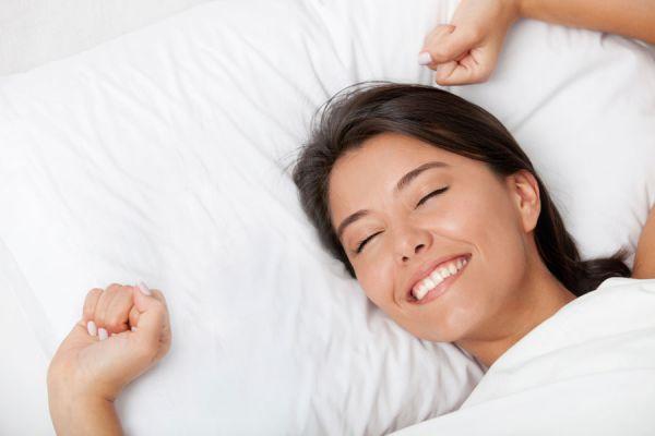 Ventajas de dormir sobre el costado izquierdo. Beneficios para la salud al dormir sobre el lado izquierdo