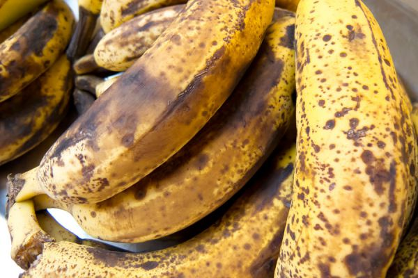 Frutas y batidos para evitar el cáncer. Cómo combatir el cáncer con batidos y frutas. Banana para prevenir el cáncer
