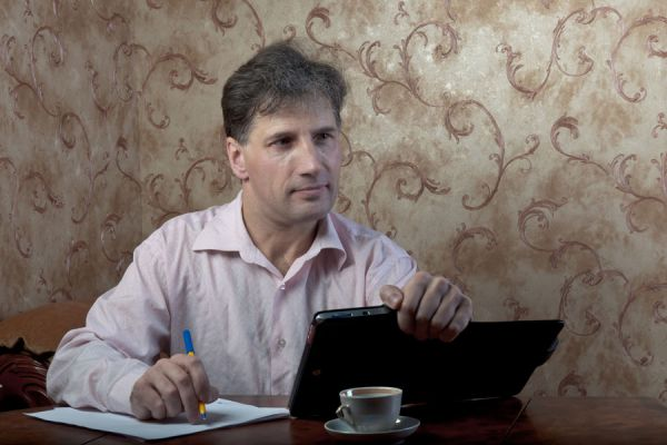 Consejos para trabajar mejor desde casa. Cómo mejorar tu trabajo si eres freelancer. Tips para mejorar el trabajo desde casa