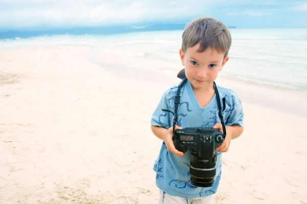 Cómo cuidar la cámara de fotos en vacaciones. Consejos para cuidar una cámara digital en un viaje. Claves para el cuidado de una cámara de fotos