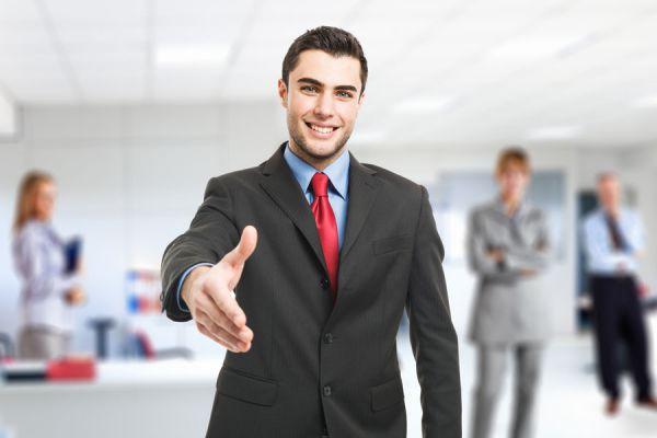 Consejos para tratar con empleados extrovertidos e introvertidos. Consejos para tratar a empleados según su tipo de personalidad