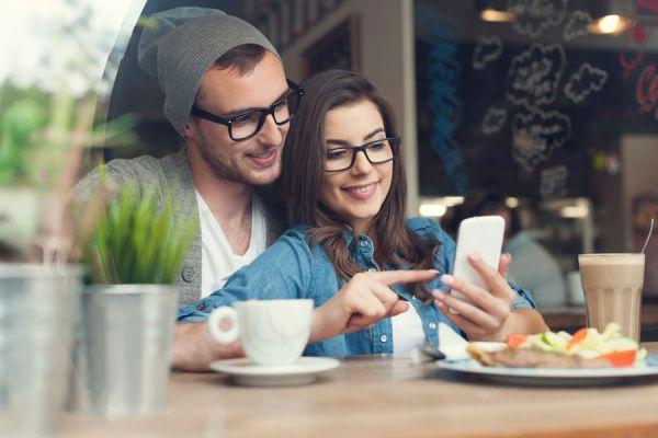 3 apps móviles para usar en pareja. Aplicaciones útiles para parejas. 3 Aplicaciones móviles para parejas