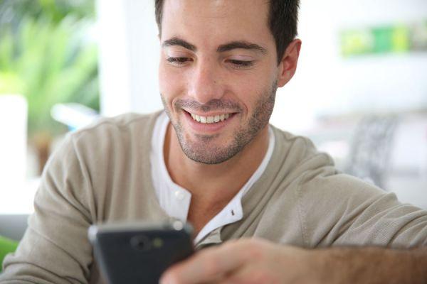 Aplicaciones para conseguir pareja. Apps útiles para ligar con gente. Las mejores aplicaciones para ligar. Apps para tener citas