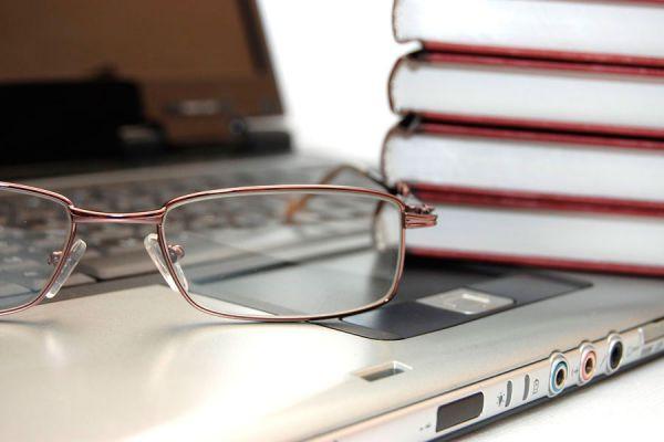 4 libros digitales sobre el impacto de internet en la sociedad. Ebooks sobre los efectos de internet en la sociedad.