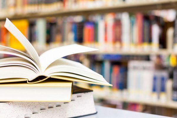 4 libros que debes leer sobre los efectos de internet en el mundo actual. El impacto de la tecnología en la sociedad.