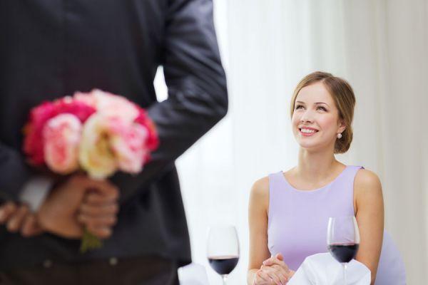 Claves para conquistar a una mujer. 10 consejos útiles para conquistar a una mujer. Aprender a conquistar a una mujer. Tips para enamorar a una mujer