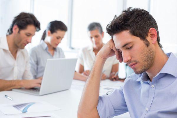 Qué es la técnica SOS para aliviar el estres? Cómo aliviar el estres con la tecnica SOS. Stop-organiza-selecciona: tecnica sos para el estrés