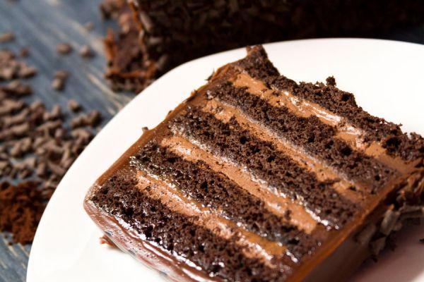 Cómo hacer torta casera de cerveza negra. Ingredientes para hacer torta de cerveza negra. Preparación de la torta de cerveza negra casera
