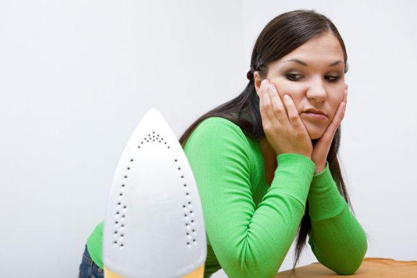 Metodos simples para quitar arrugas y planchar menos. Trucos para evitar el uso de la plancha. Cómo evitar las arrugas y planchar menos