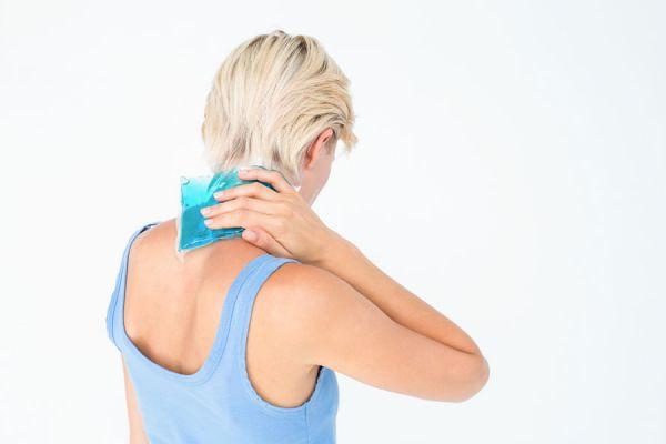 Métodos caseros para aliviar dolores con frio y calor. Cómo hacer objetos frios y calientes para aliviar dolores. Tratamiento casero de frío y calor