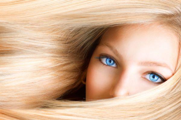 Cómo acentuar el pelo rubio de manera natural. Métodos para aclarar el pelo rubio. Cómo aclarar el cabello rubio naturalmente.