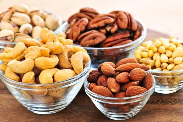 Propiedades de los frutos secos. Beneficios de consumir frutos secos. Cómo aprovechar los beneficios de los frutos secos